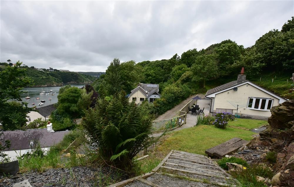 Shell Cottage - Lower Town - Fishguard-Sleeps5-Ref2067