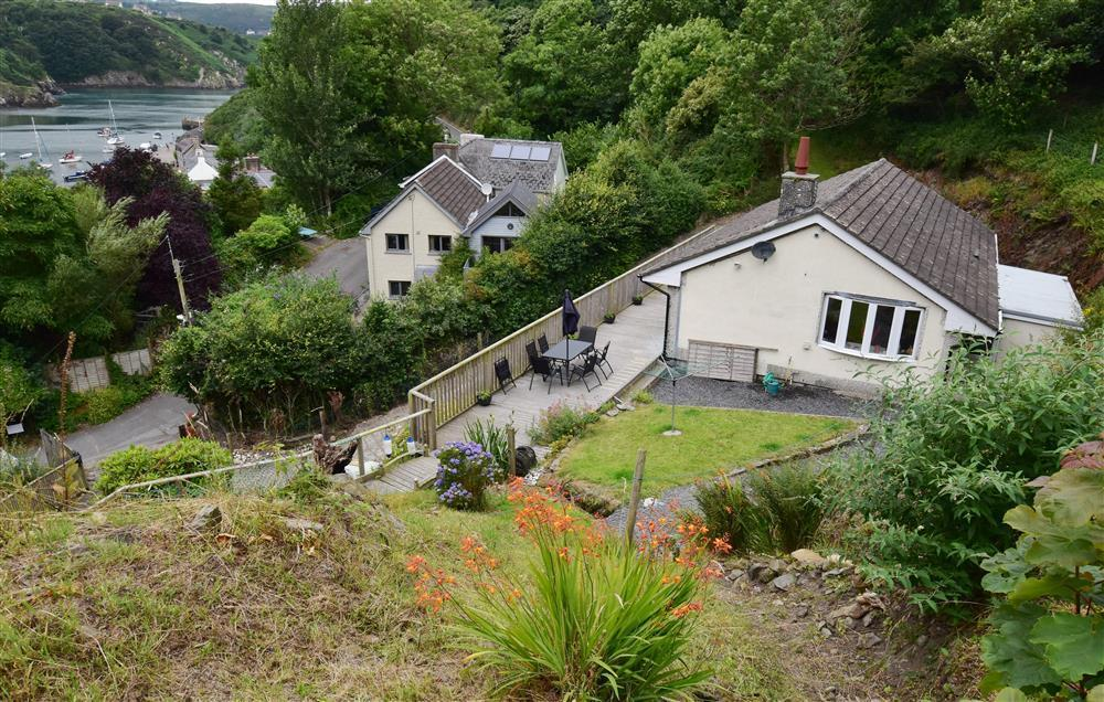 Photograph of 2067-6-Shell Cottage Pembrokeshire (2)