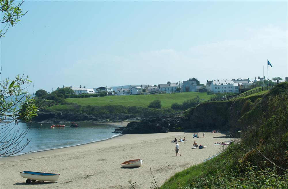 Photograph of 09 Aberporth Beach Retreat 536 (2)