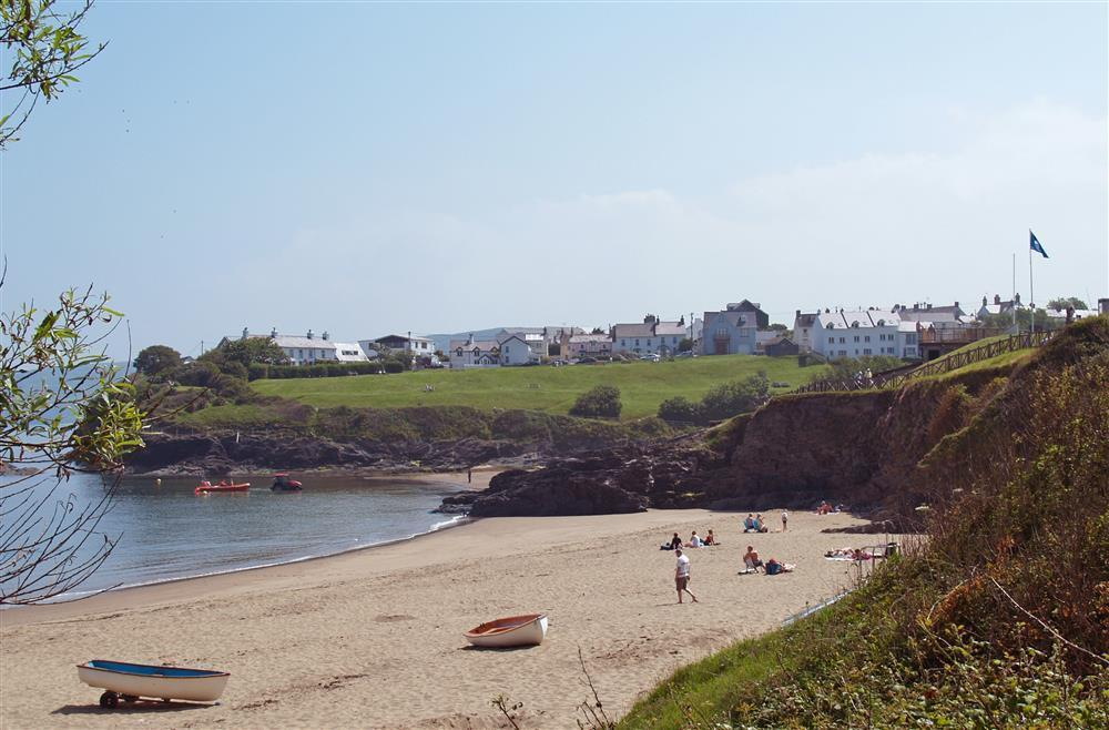 Photograph of 09 Aberporth Beach Cottage 536 (2)