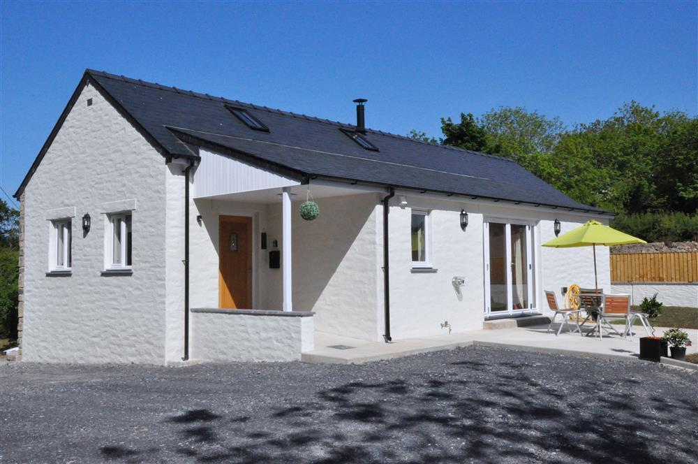Pretty cottage with tot tub within a few minutes walk of the Town - Sleeps 6 - Ref 2167