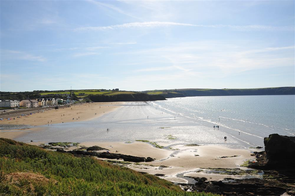 2038-9-Broad Haven Beach (1)