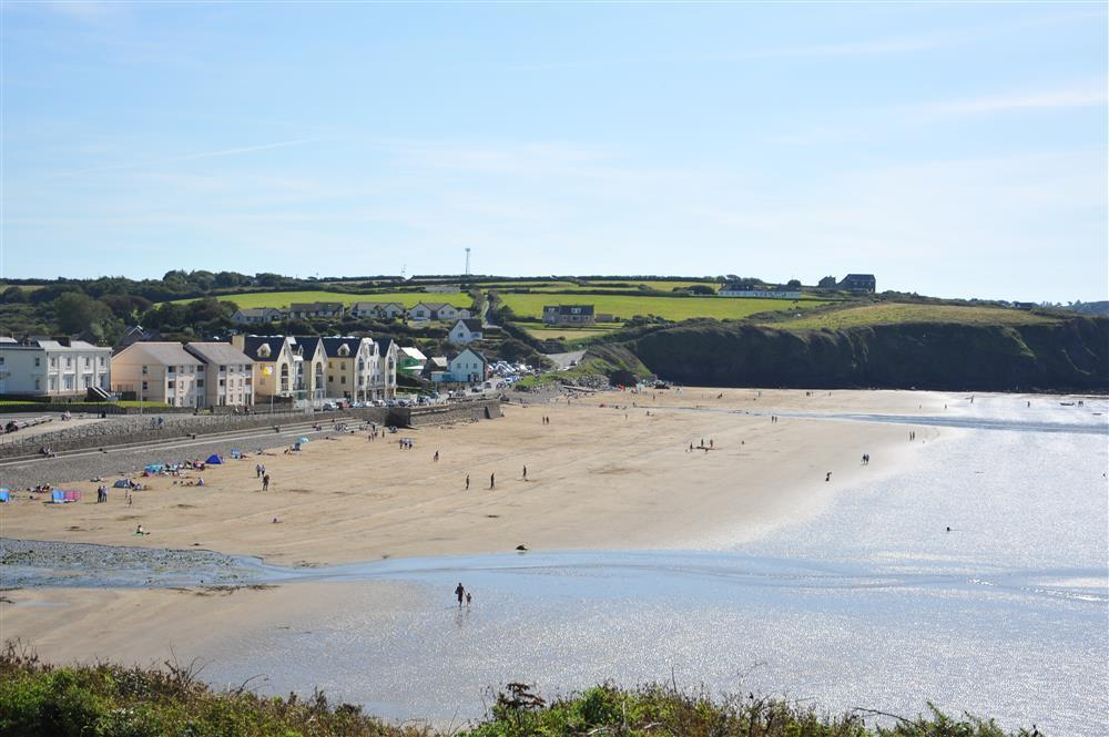 2038-9-Broad Haven Beach (3)