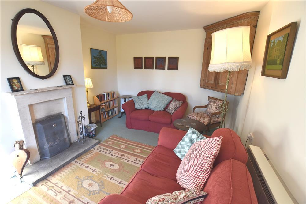 Photograph of 2203-3-sitting room 1
