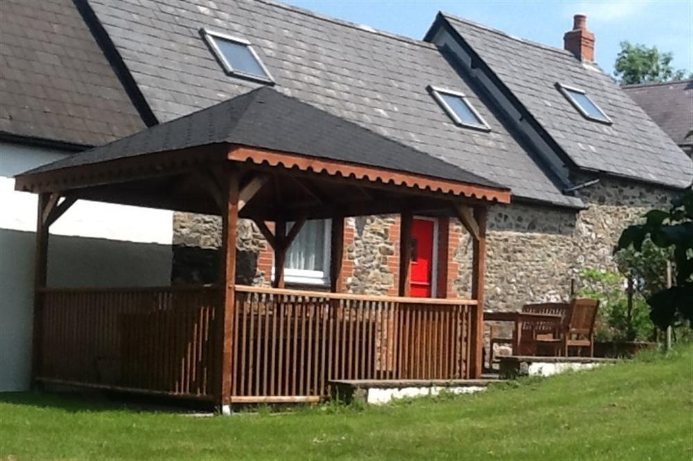 Photograph of 06 Pond Cottage New Quay 2174 (2)