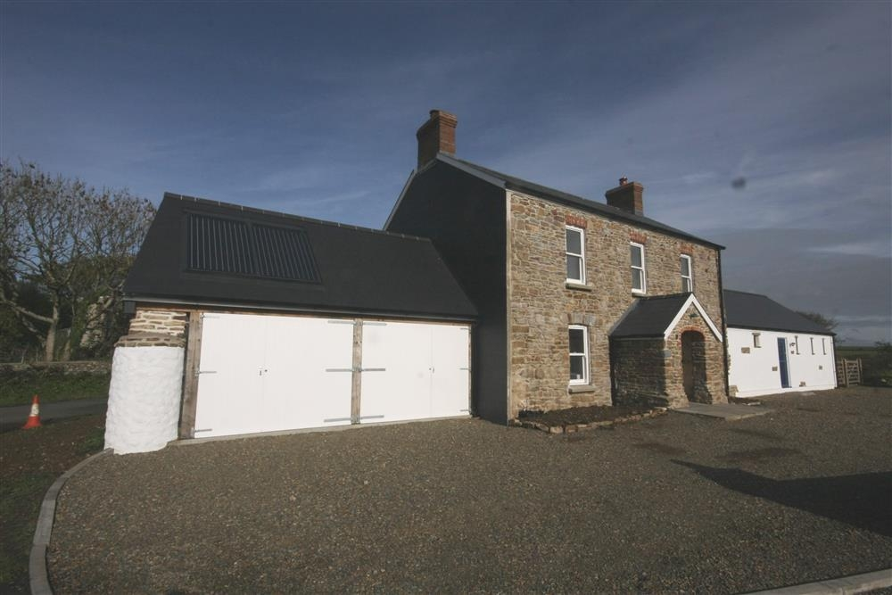 Farmhouse near Little Haven - Sleeps 8 - Ref 2168