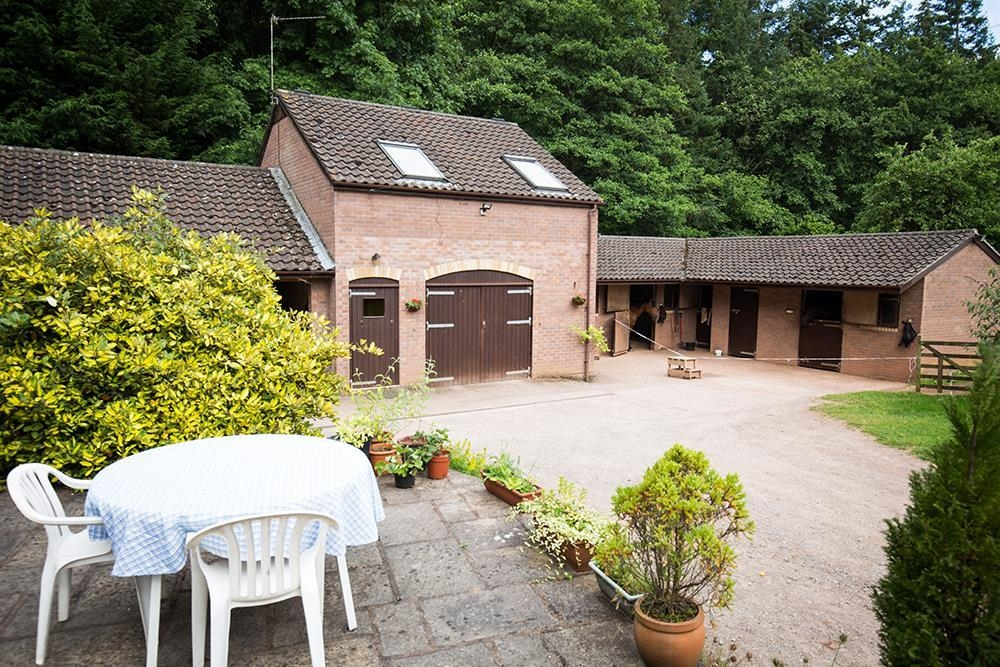 Barn - Nr Monmouth and Wye Valley  Sleeps: 2  Property Ref: 2050