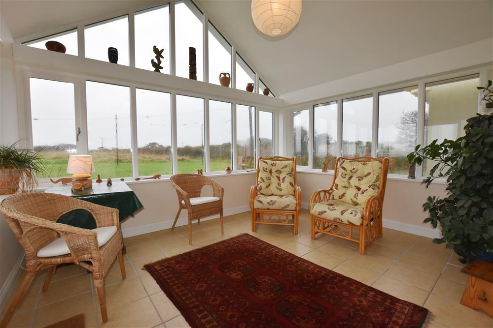 Self Contained Guest Wing - Trefin-Sleeps4-Ref2206