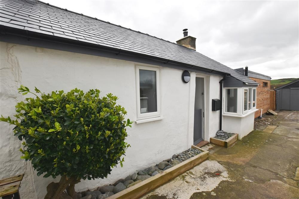 White-washed Cottage - Borth - Sleeps 4 - Ref 2211