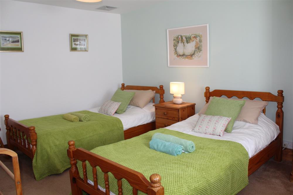 Photograph of 751-6-Twin Bedroom