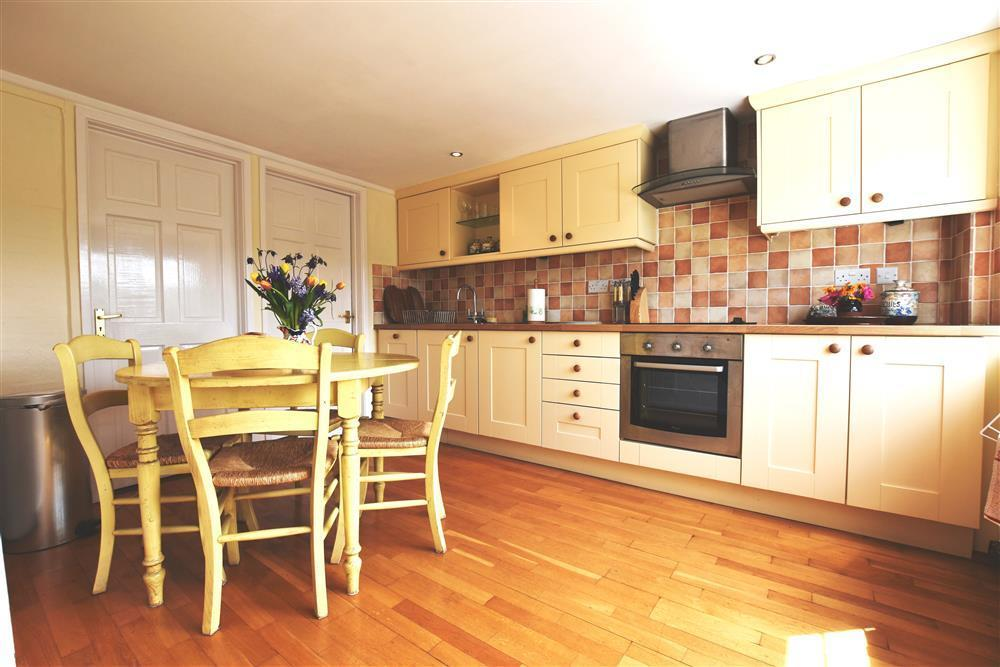 Photograph of 536-6-Kitchen