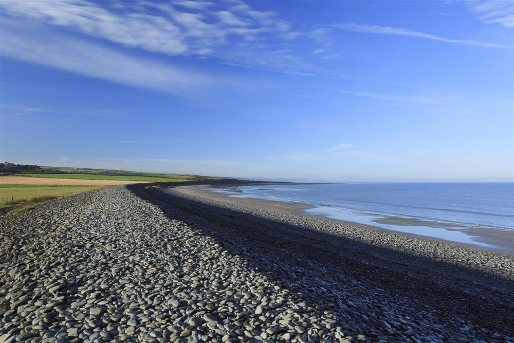 Photograph of 519-1-Llanrhystyd beach