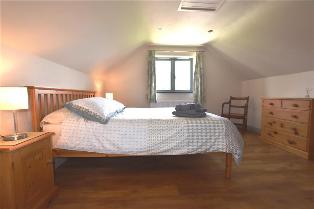 Photograph of 2183-3-Master bedroom1