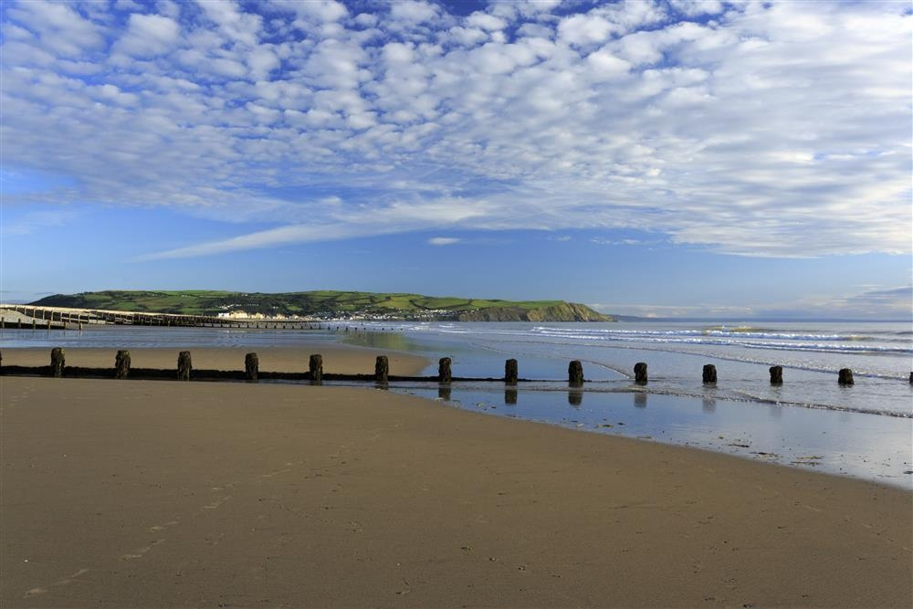 Photograph of 577-extra Borth Beach