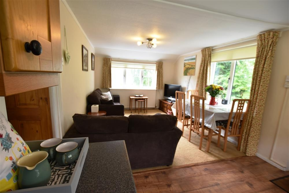 Apartment near Nevern and Newport - Sleeps 4 - Ref 2223