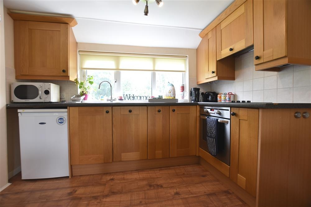 Photograph of 2223-6-Kitchen