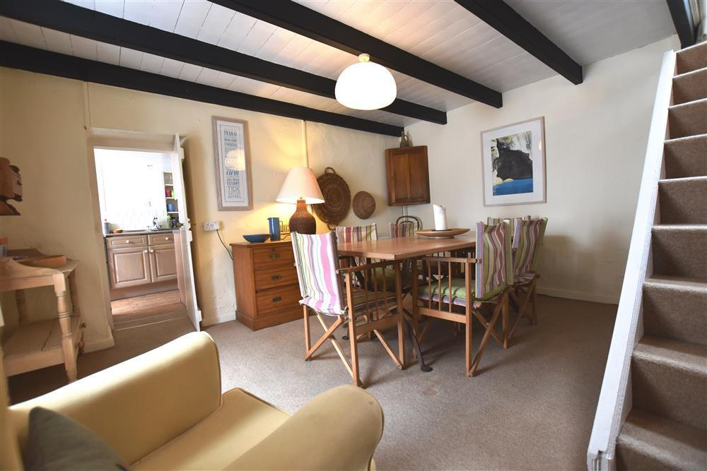 Whitewashed Cottage - Newport - Sleeps 6 - Ref 2208