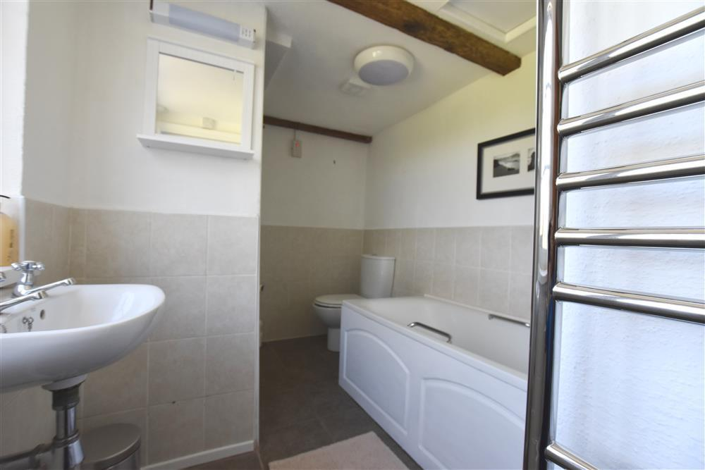 2192-4-downstairs shower and bathroom