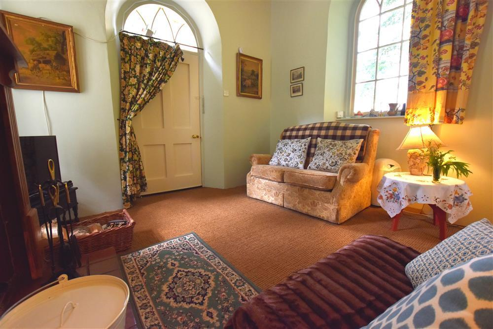 Photograph of 2234-3-East Lodge Sitting room (3)
