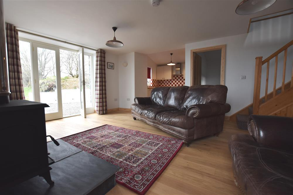 Photograph of 2237-1-Sitting room at Cartws (1)