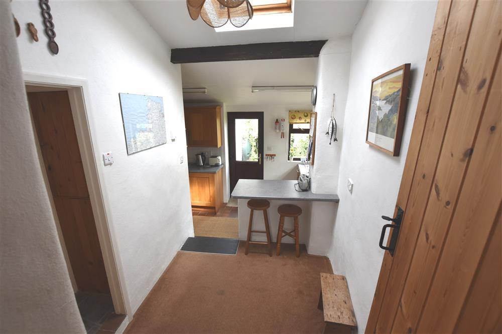 Photograph of 289-4-Kitchen1