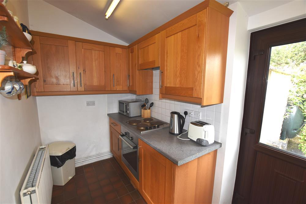 Photograph of 289-5-Kitchen