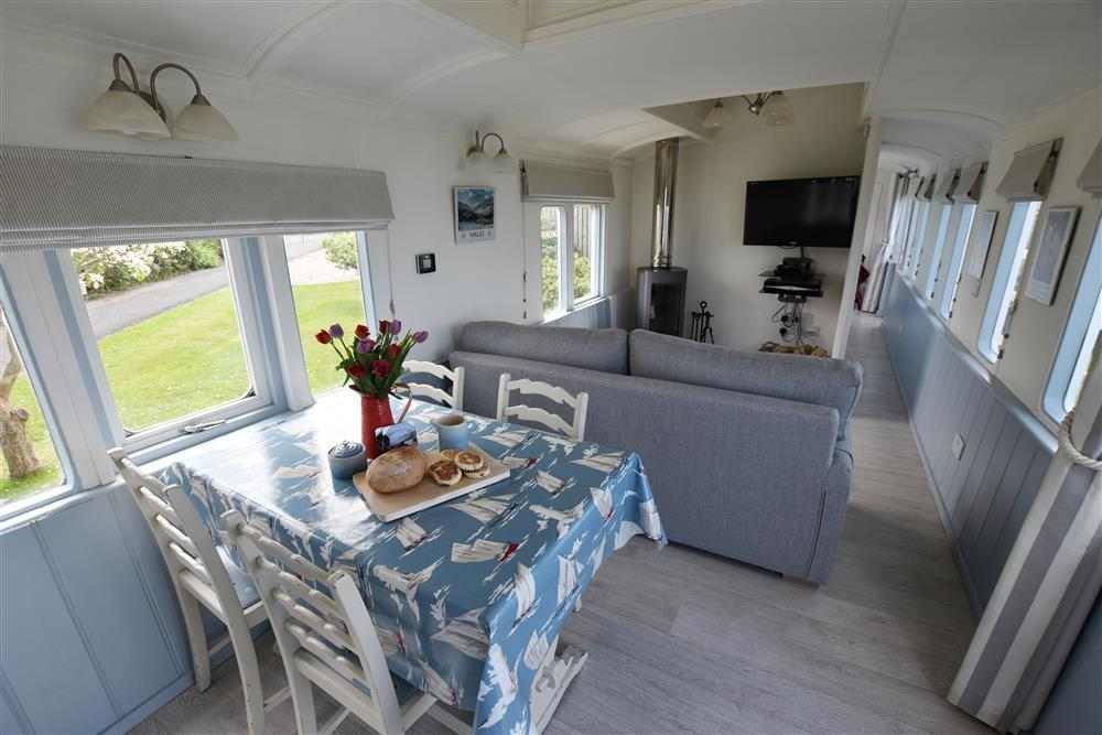 Photograph of 2019-1-Clifftop Carriage open plan (7)