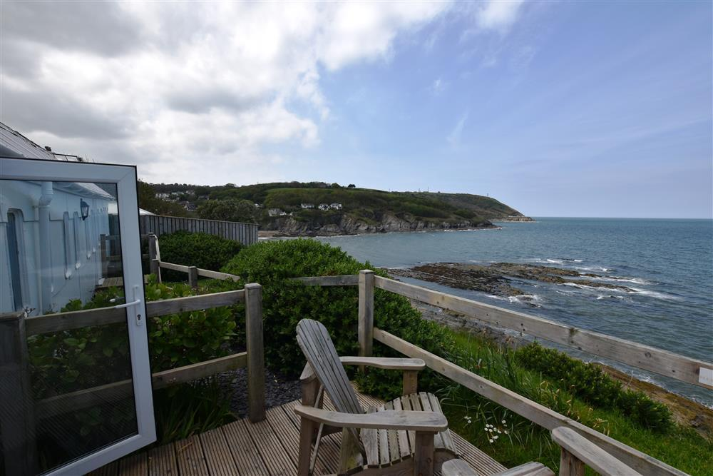 Photograph of 2019-4-Sea View Deck (2)