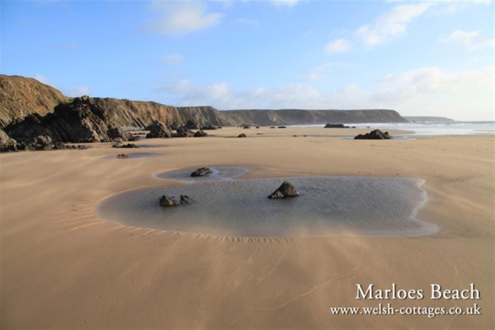 Photograph of 2078-0-Marloes Sands Pembrokeshire