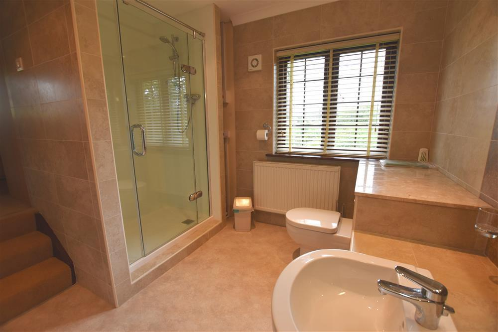 05 Barn Court Double and en-suite 521 (4)