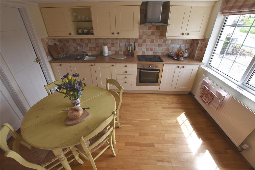 Photograph of 05 Cardigan Bay kitchen 536 (2)
