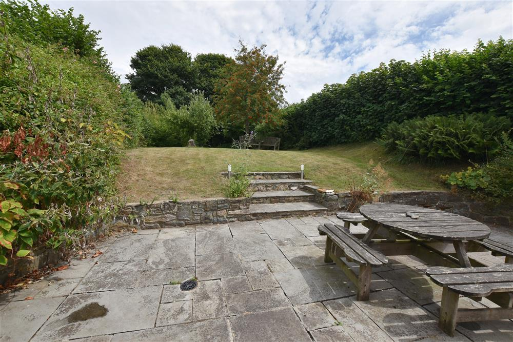 Photograph of 06 Large enclosed garden 2114 (5)
