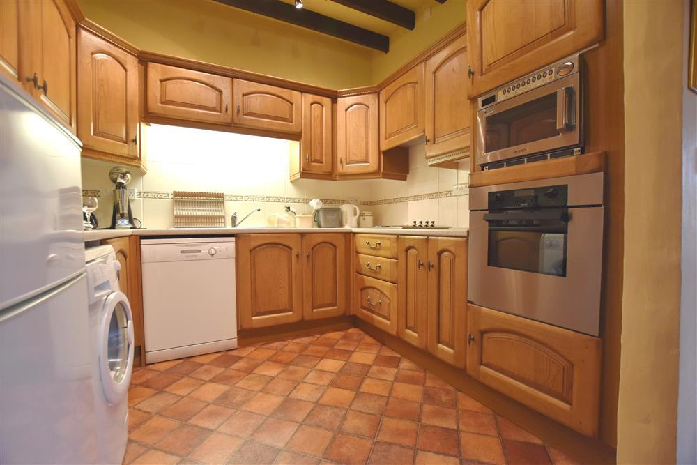 03-Narberth Cottage Kitchen-821 (1)