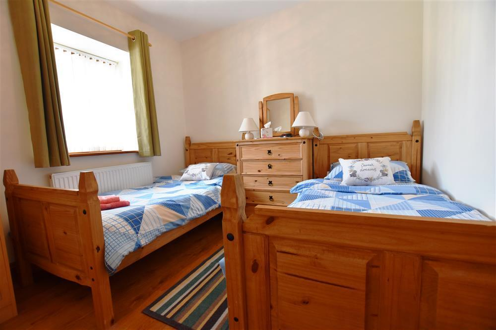 Photograph of 04-Cardigan Sea View Twin Bed-903