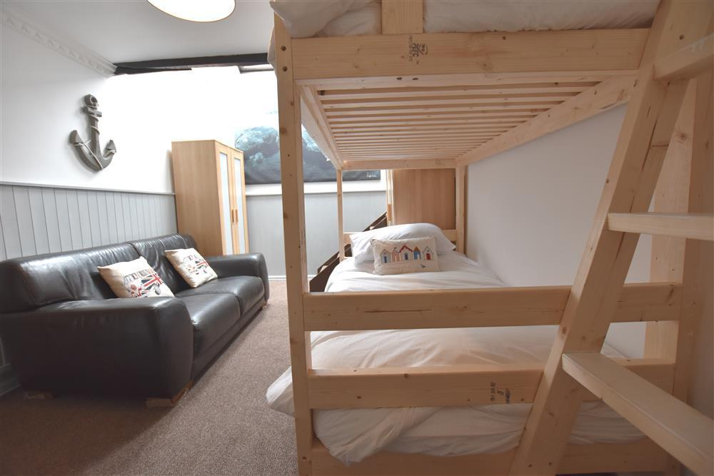 03-Bunk Beds in South Pembs-999 (2)