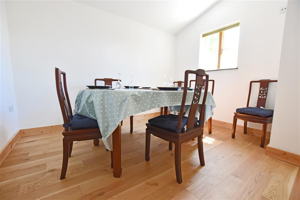 Photograph of 2237-3-dining room