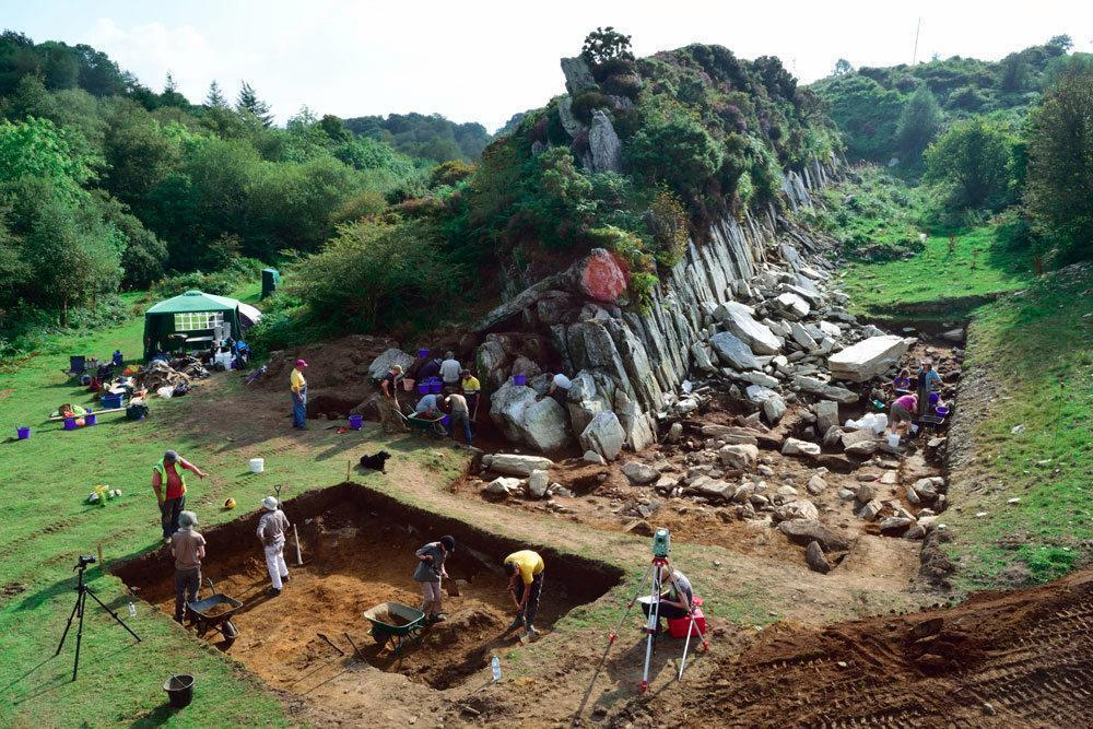09 Bluestone excavation Pembrokeshire 2250