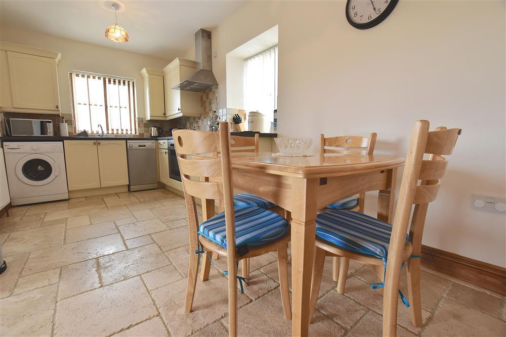 Photograph of 02-Cardigan Bay Dining Area-904