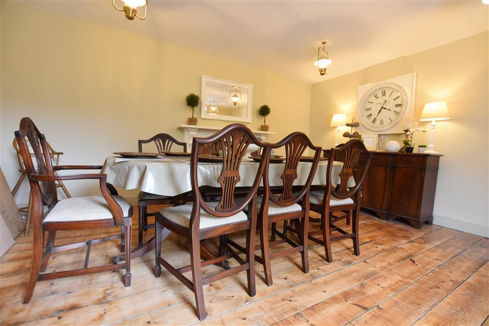 Photograph of 04-North Pembrokeshire Dining Room 1-707