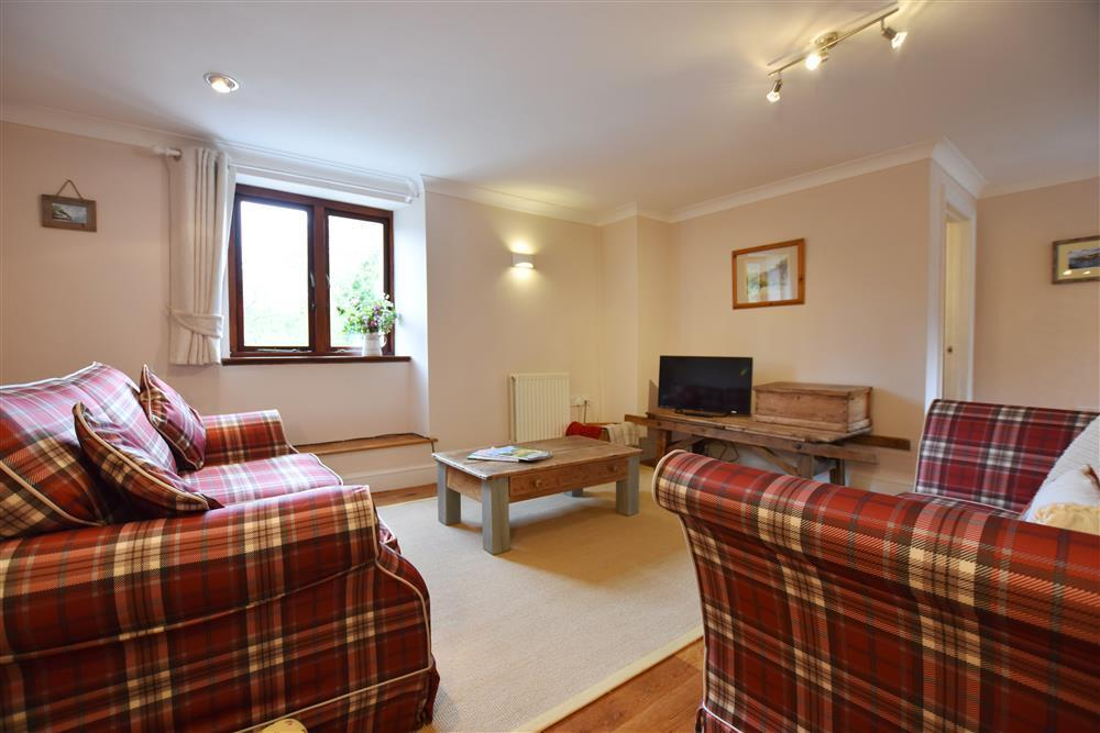 Photograph of 01 Sitting room Nr Broad Haven 2257 (1)