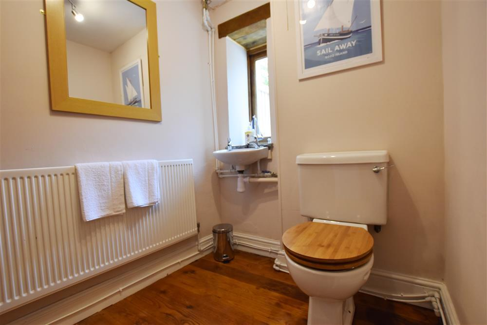 Photograph of 06 Cloakroom 2257