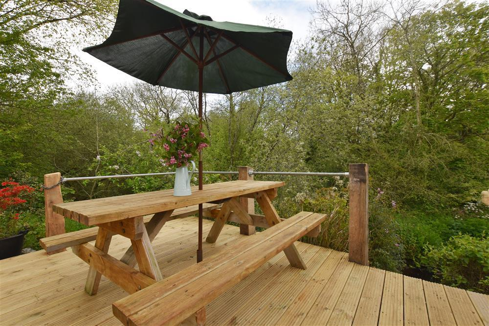 Photograph of 07 Decking by stream 2257 (2)