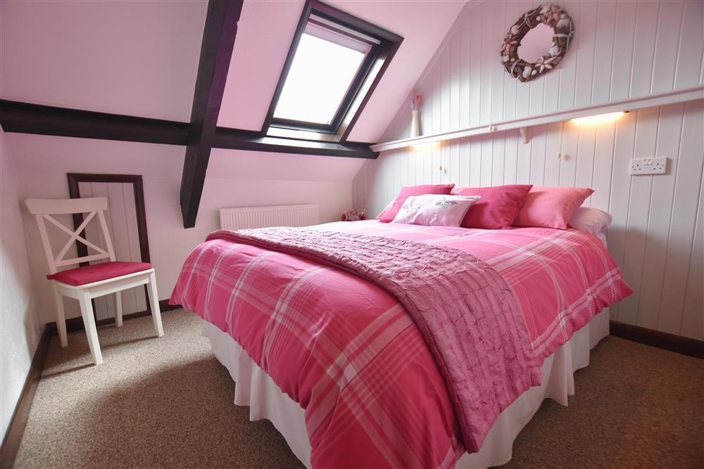 03-Broad Haven Double Bed-664 (2)