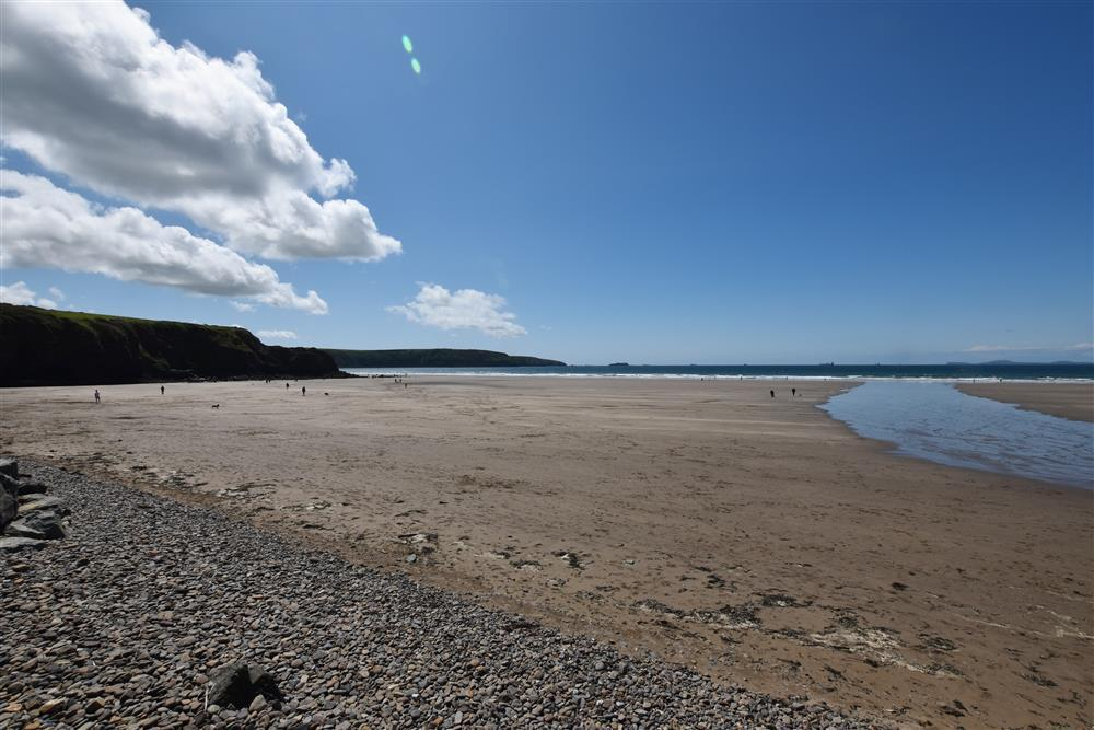 06 Broad Haven Beach 664 (2)
