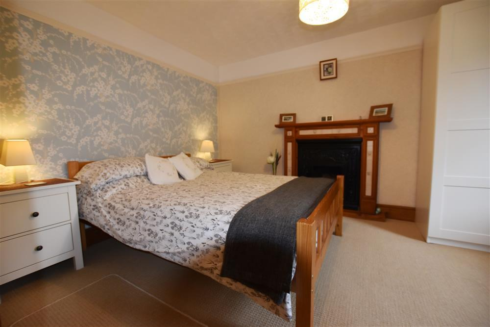 Photograph of 04 bedrooms Dinas Newport 2134  (1)