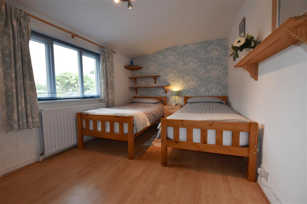 Photograph of 04 bedrooms Dinas Newport 2134  (3)
