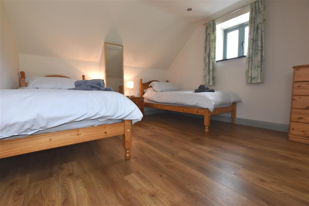 04 Twin beds Fishguard 2260 (1)