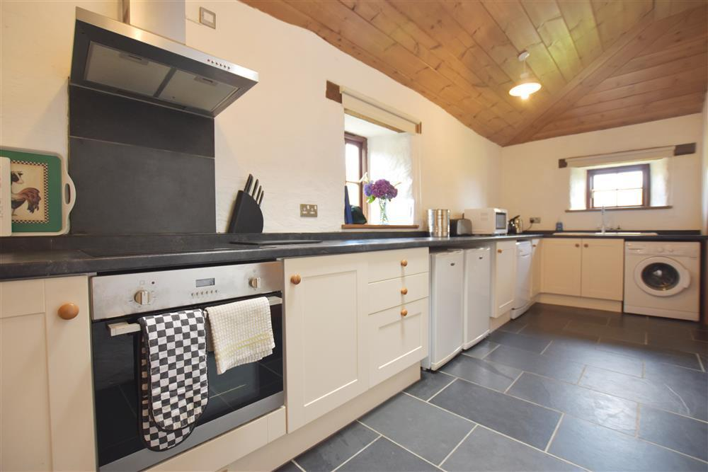 539-02- Pembrokeshire Farmhouse Kitchen