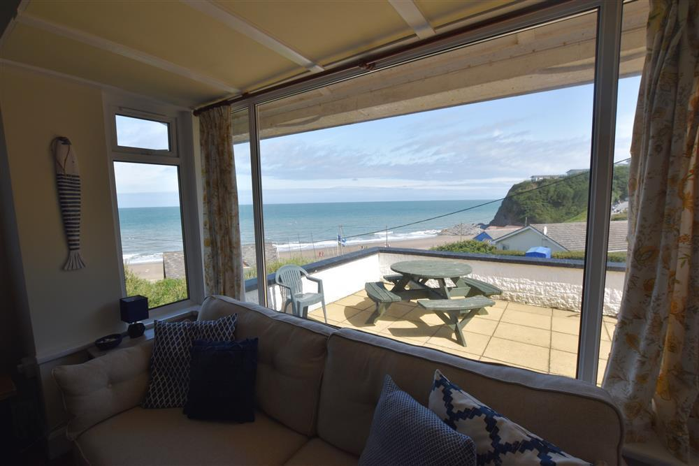 2249-2-sea view Tresaith