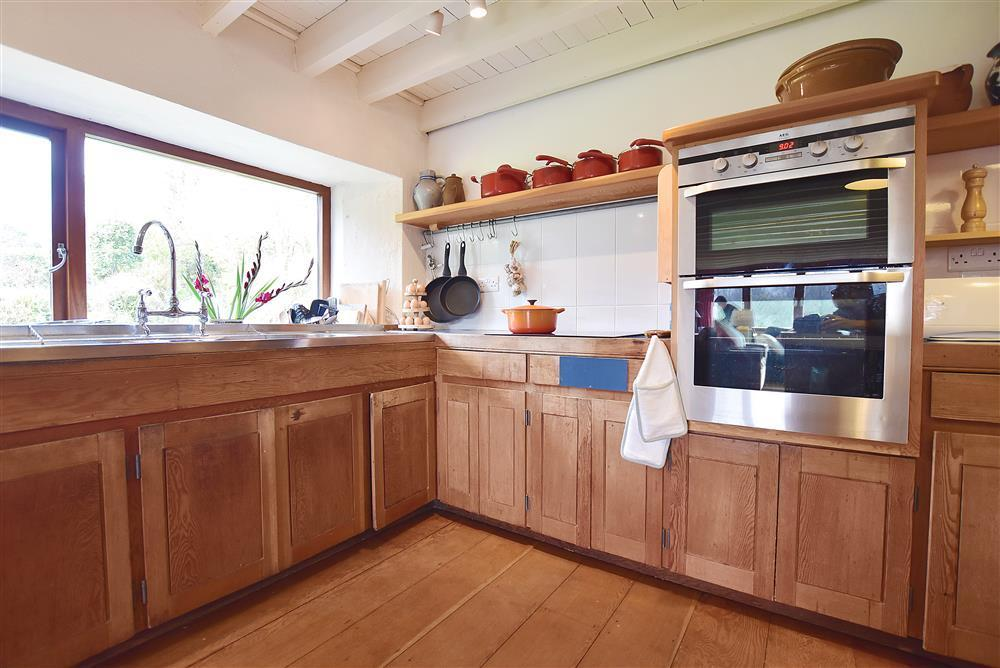 02 Country kitchen 2250 (2)